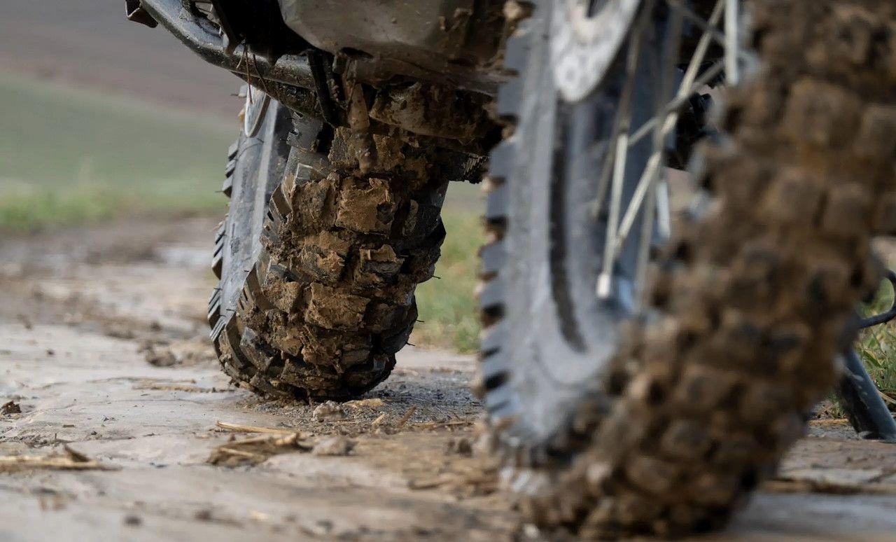 Mitas Dakar motorgumi